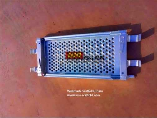 https://www.wm-scaffold.com/wp-content/uploads/2020/10/layher-scaffolding-plank-320mm-platform-boards-e1601352222120.jpg