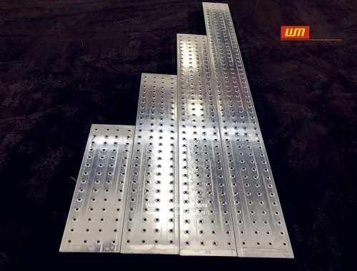 https://www.wm-scaffold.com/wp-content/uploads/2020/10/scaffold-boards-plank.jpg