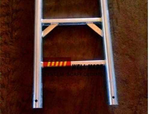 https://www.wm-scaffold.com/wp-content/uploads/2020/10/steel-scaffolding-ladder-1.jpg